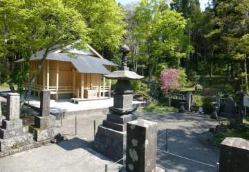 Hitoana sengen jinja shrine / 人穴浅間神社